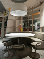McDonald_Interiors_in_France_01