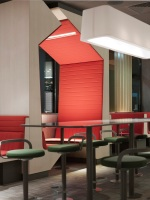 McDonald_Interiors_in_France_05