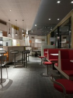 McDonald_Interiors_in_France_06