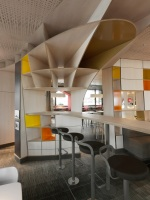 McDonald_Interiors_in_France_14