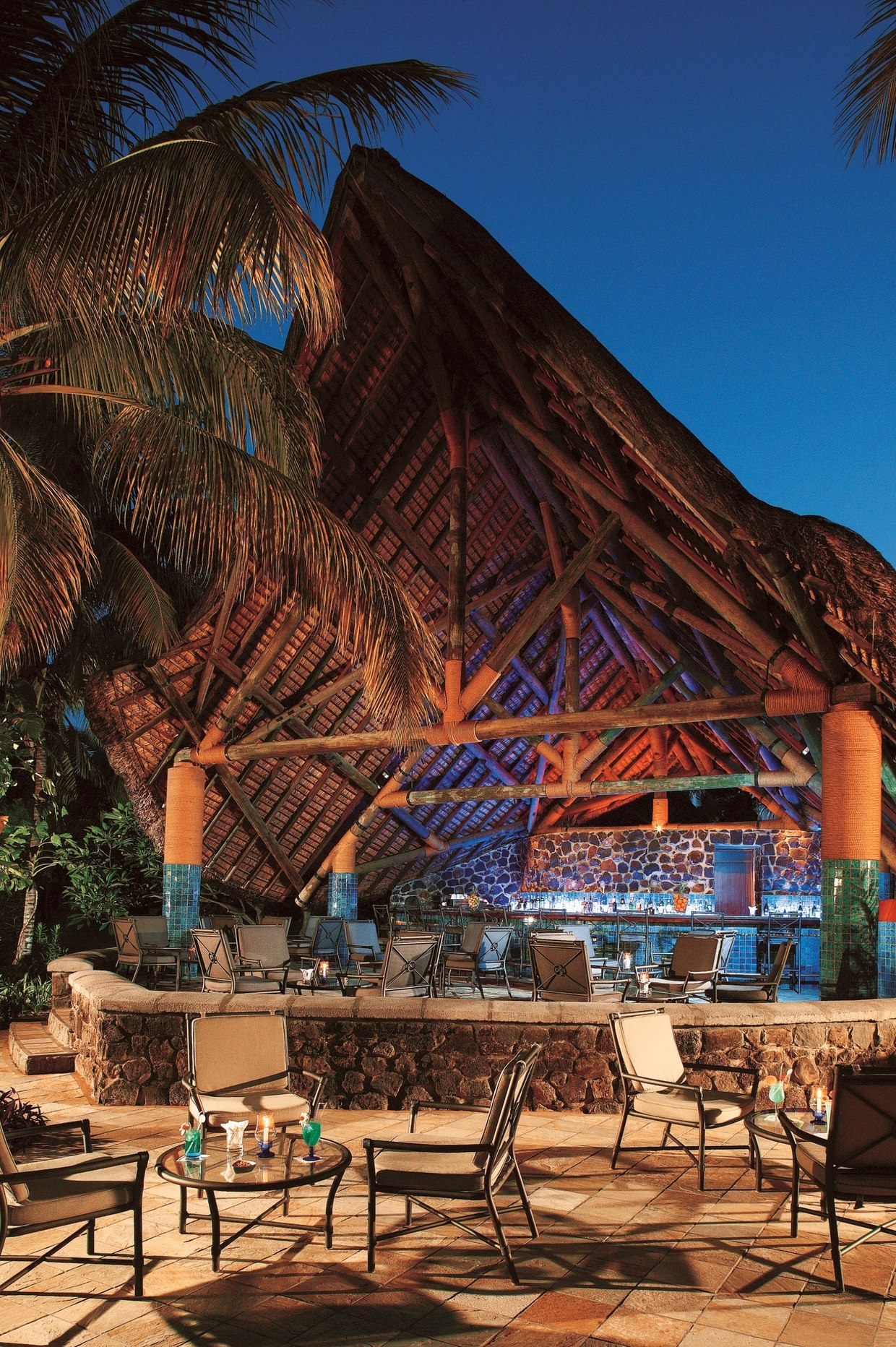 Relaxed atmosphere at la pirogue resort mauritius for Design hotel mauritius