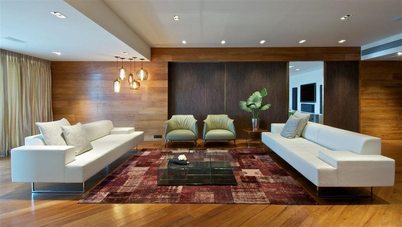Mumbai penthouse by rajiv saini karmatrendz for Interior design moderno