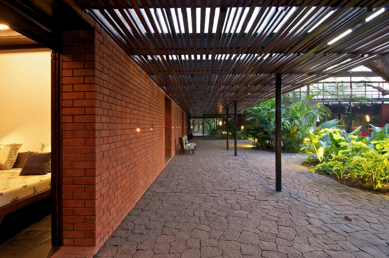 The Brick Kiln House By Spasm Design Architects Karmatrendz