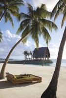 Shangri-La_Villingili_Resort_15