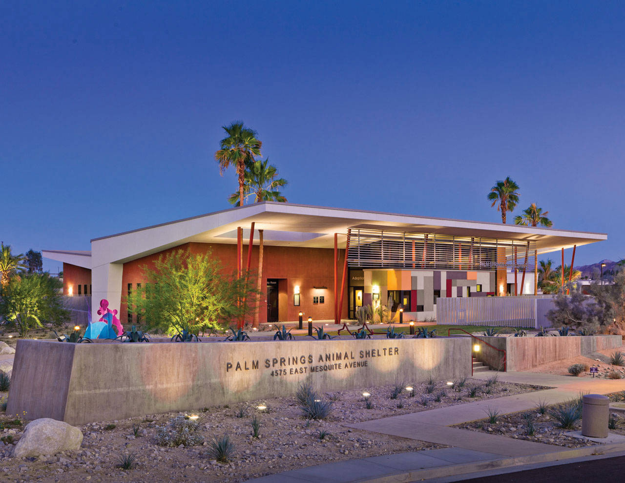 Palm Springs Animal Care Facility By Swatt Miers
