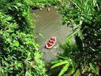 44031123-H1-White_water_raft