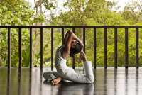 44044869-H1-Yoga-10