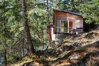 Gambier_Island_Retreat_01