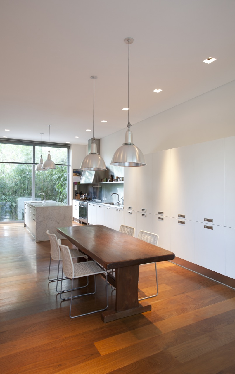 Pricila house by estudio mart n g mez arquitectos karmatrendz - Maison pricila martin gomez ...