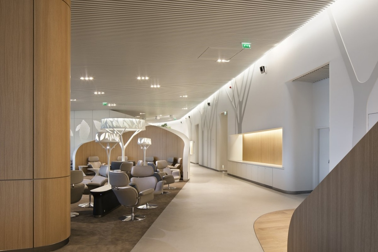 Air france business lounge by no duchaufour lawrance and for Business hotel design