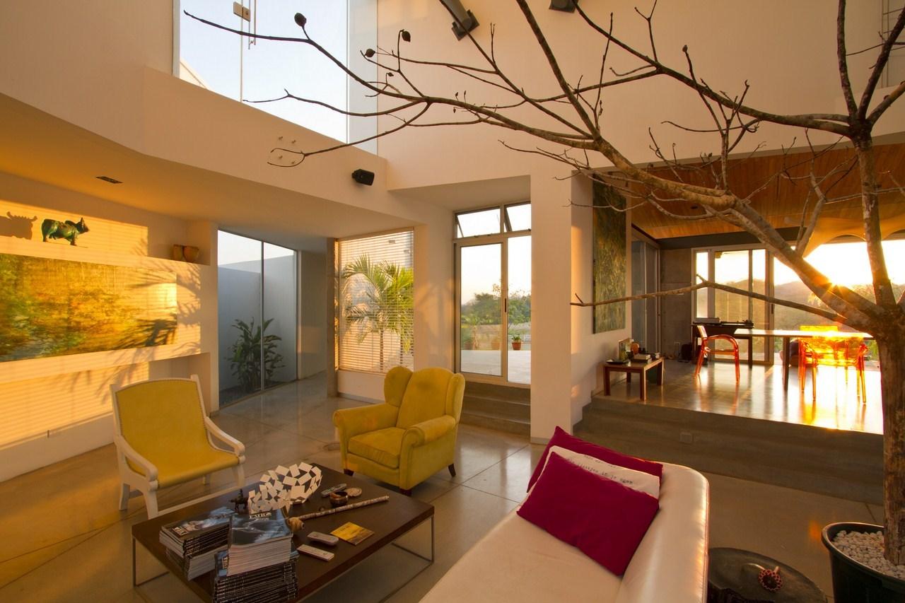 Anapanasati house by aarcano arquitectura karmatrendz - Arquitectura de casas ...