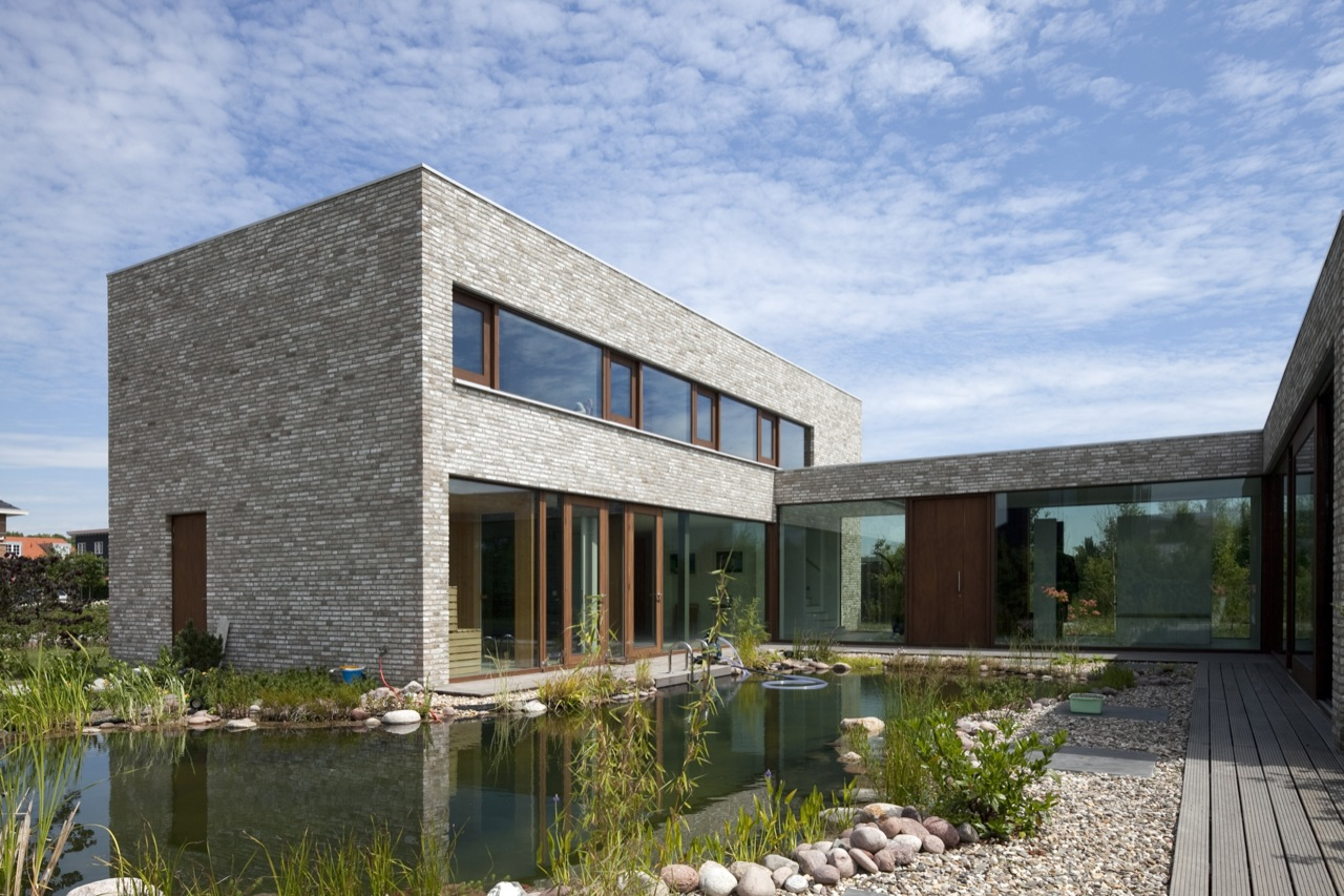 Villa hendrikx by 70f architecture karmatrendz for Casas minimalistas fotos