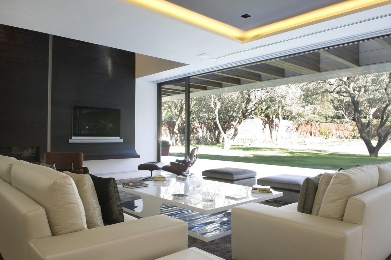 Memory house by a cero joaquin torres architects for Pinturas de casas modernas interiores