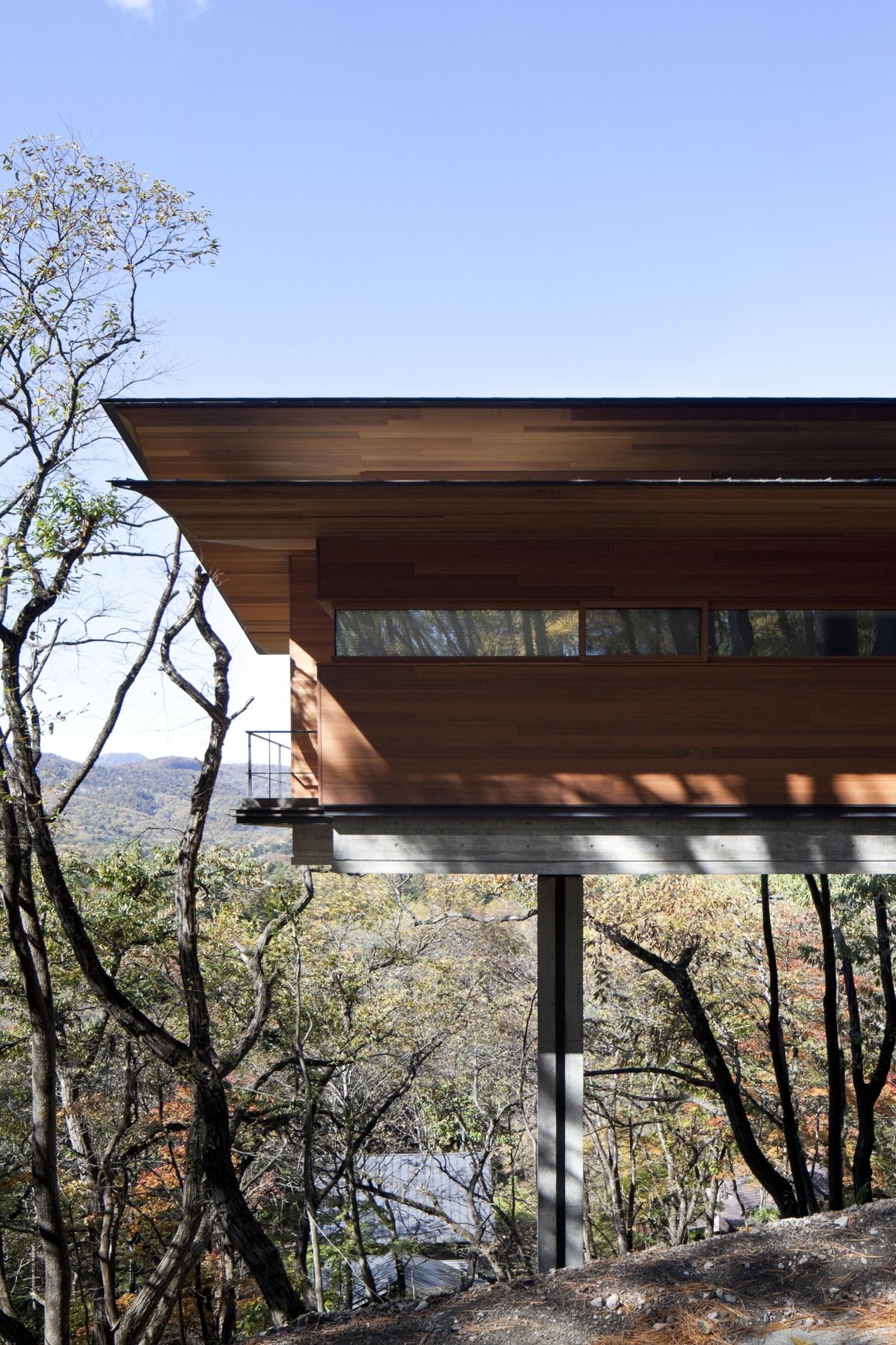 House in asamayama by kidosaki architects studio karmatrendz for Kidosaki house