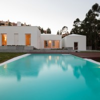 House_in_Belas_20