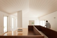 House_in_Belas_43