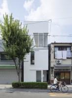 House_in_Tamatsu_02