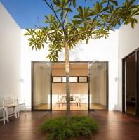 Mandai_Courtyard_House_01__r