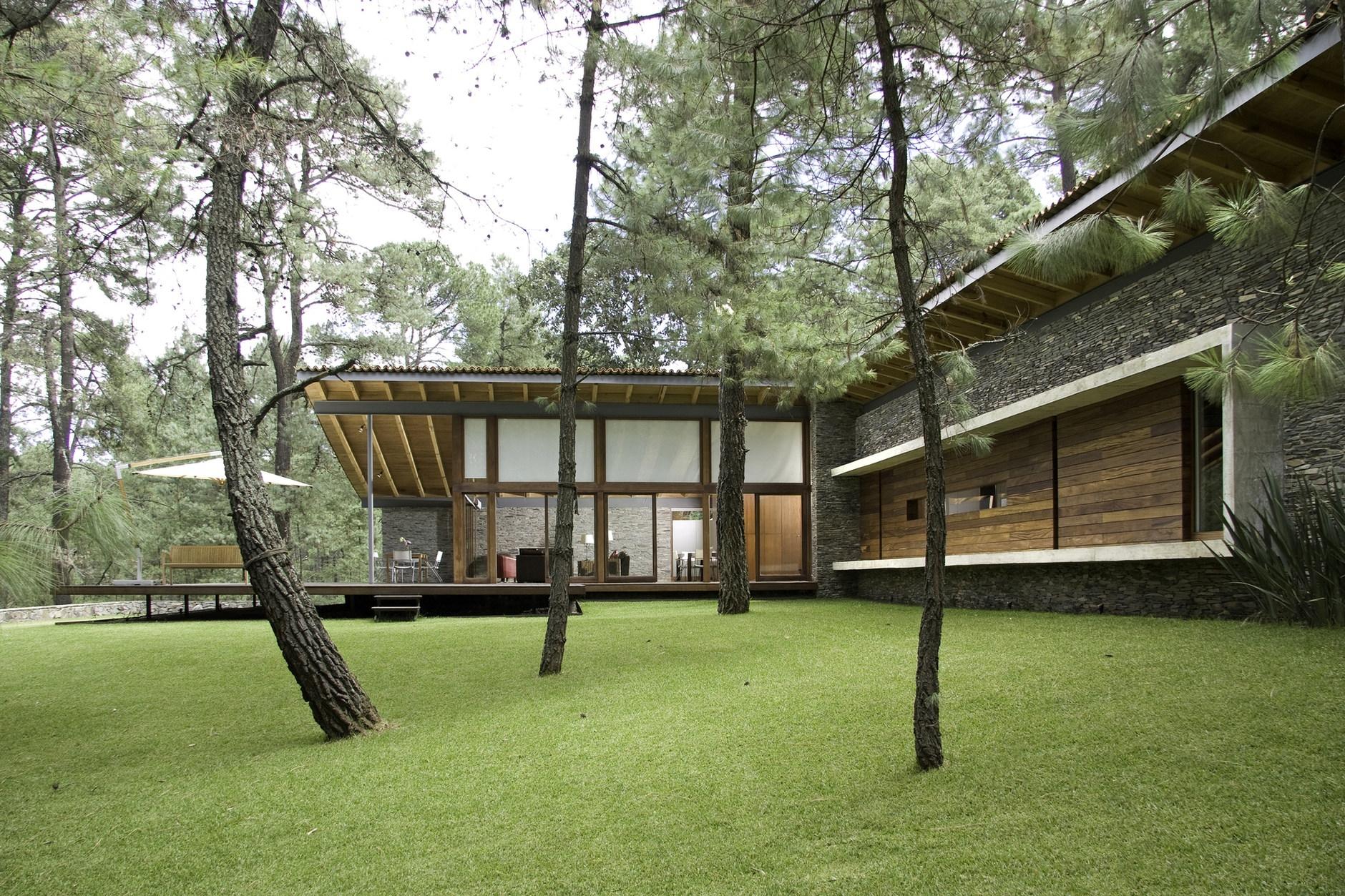 Toc house by el as rizo arquitectos karmatrendz - Casas de campo bonitas ...