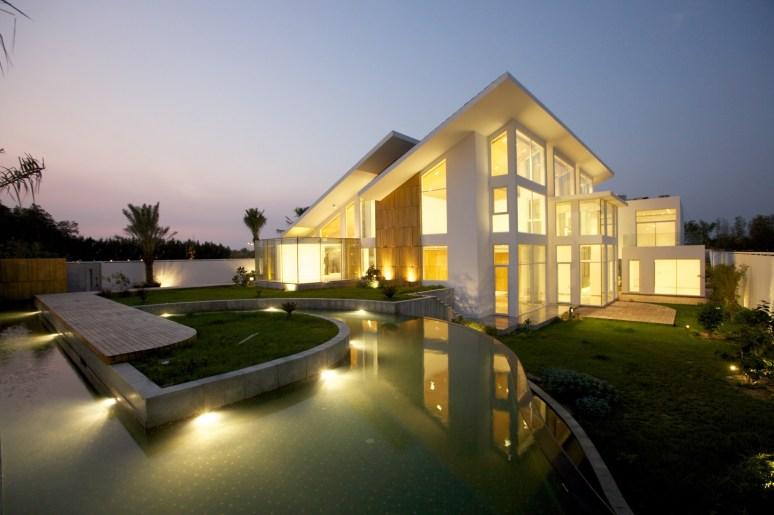 121227_Bahrain_House_01__r