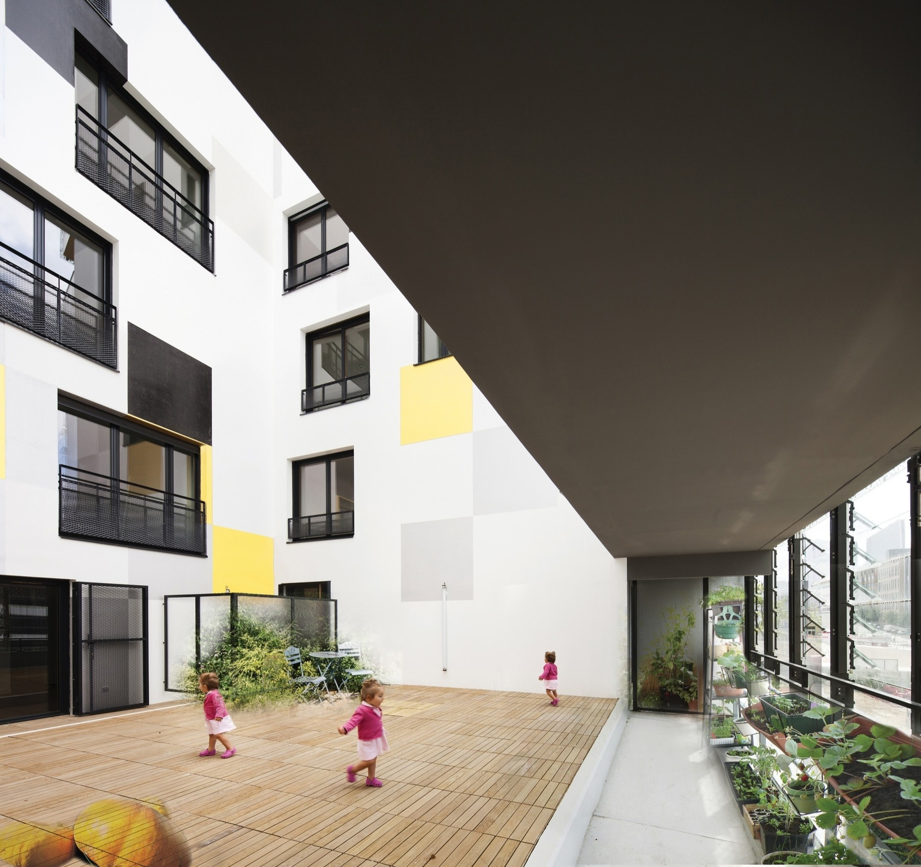 Apartment Block: Apartment Blocks In Nanterre By X-TU