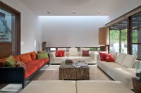 The_Courtyard_House_Hiren_Patel_11__r