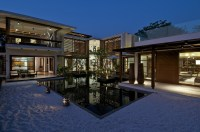 The_Courtyard_House_Hiren_Patel_17__r