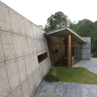 130104_House_in_the_Himalayas_04
