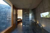 130104_House_in_the_Himalayas_12