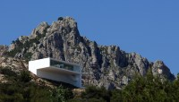 130104_House_on_the_Cliff_35__r