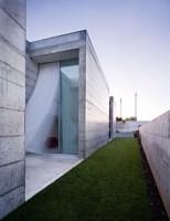 130111_House_In_Moreira_04