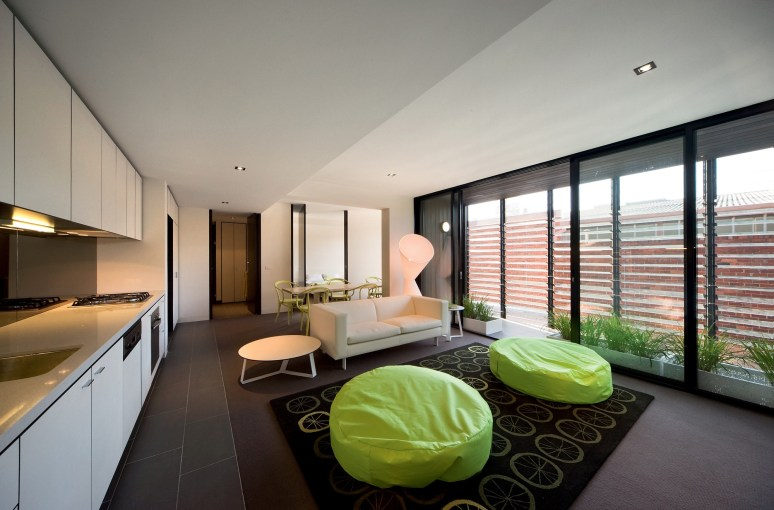130206_Hue_Apartments_01__r