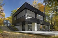 130227_Cantilever_Lake_House_02__r