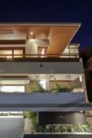 130312_Twin_Courtyard_House_05__r