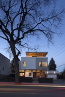 130316_Shift_Top_House_02__r