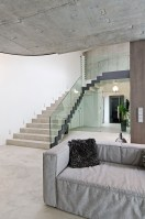 130505_Concrete_Interior_04