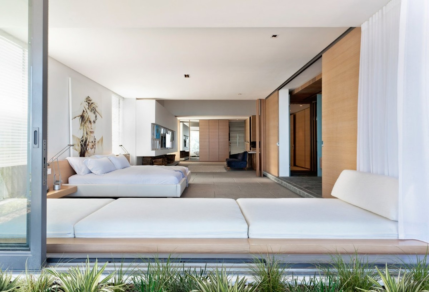 1022 in de wet 24 by saota okha interiors