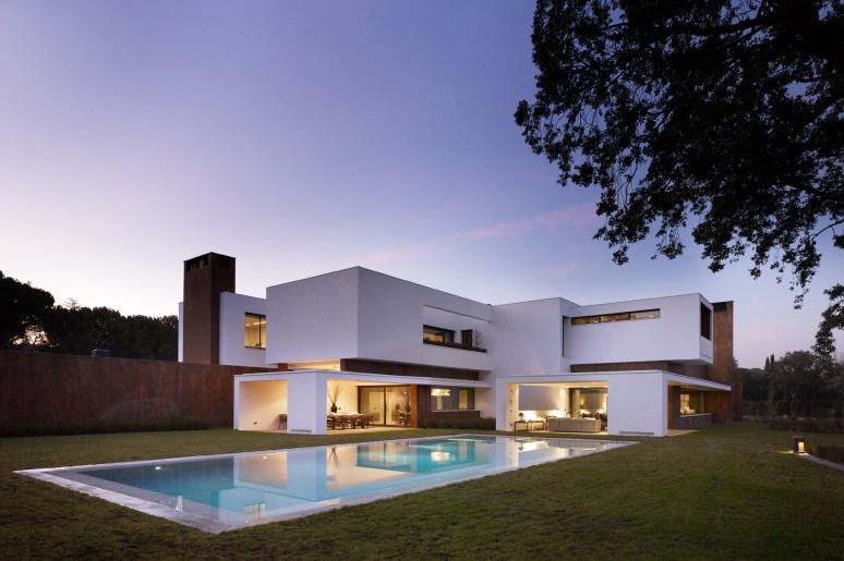 130615_House_in_La_Moraleja_01__r