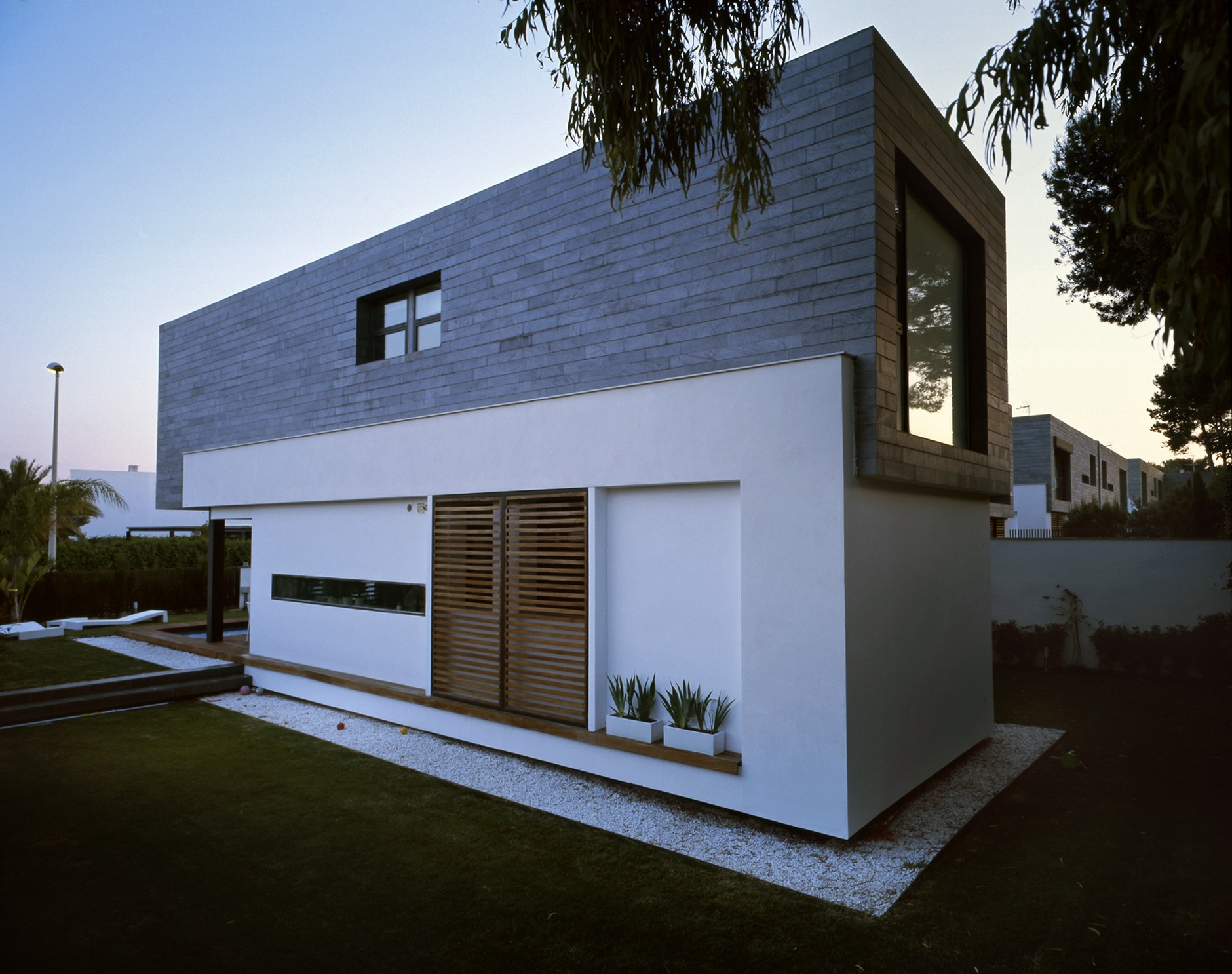 Six Semi-Detached Houses + Isolated House In Rocafort By