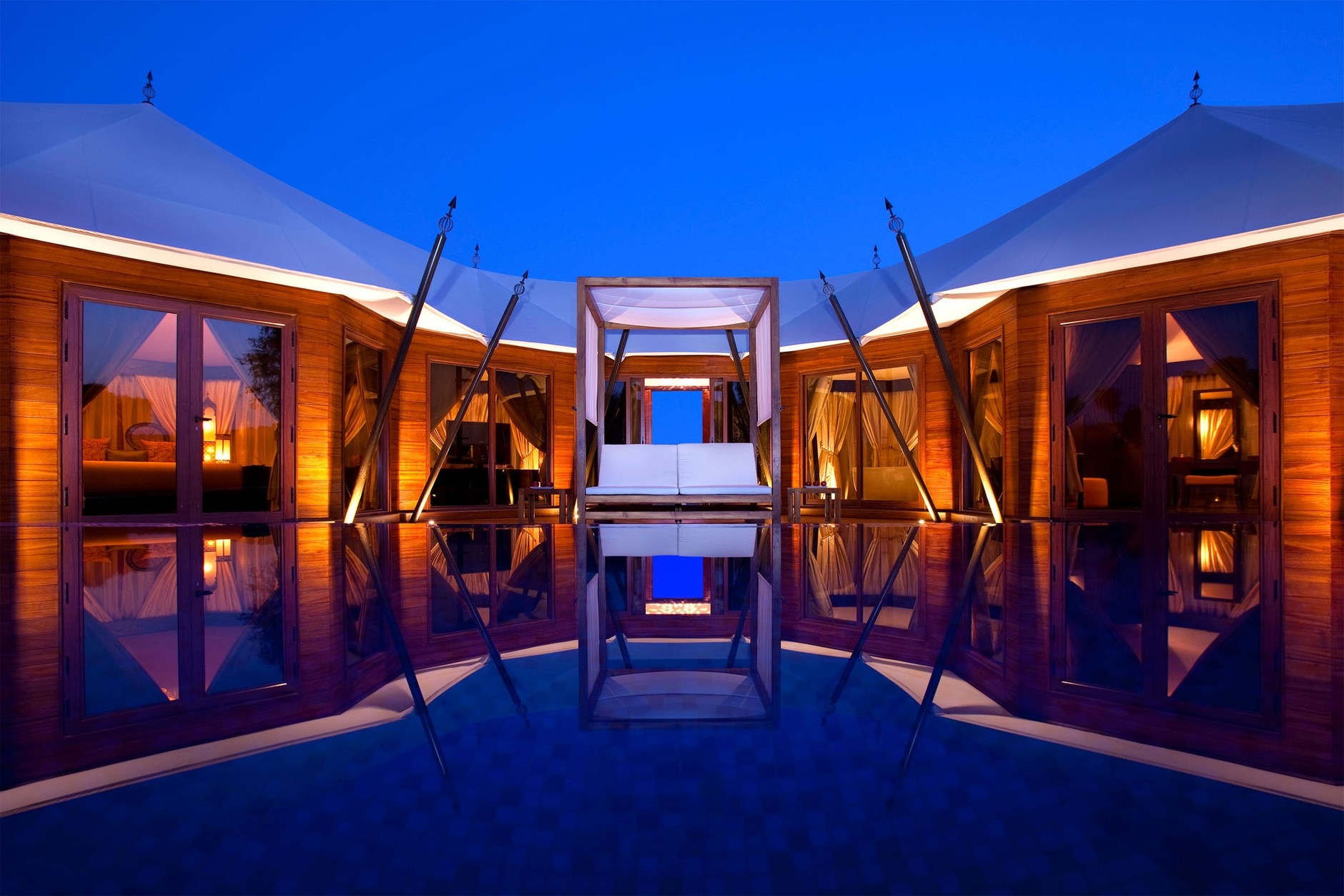 Banyan tree al wadi resort united arab emirates karmatrendz for Best romantic hotels in dubai
