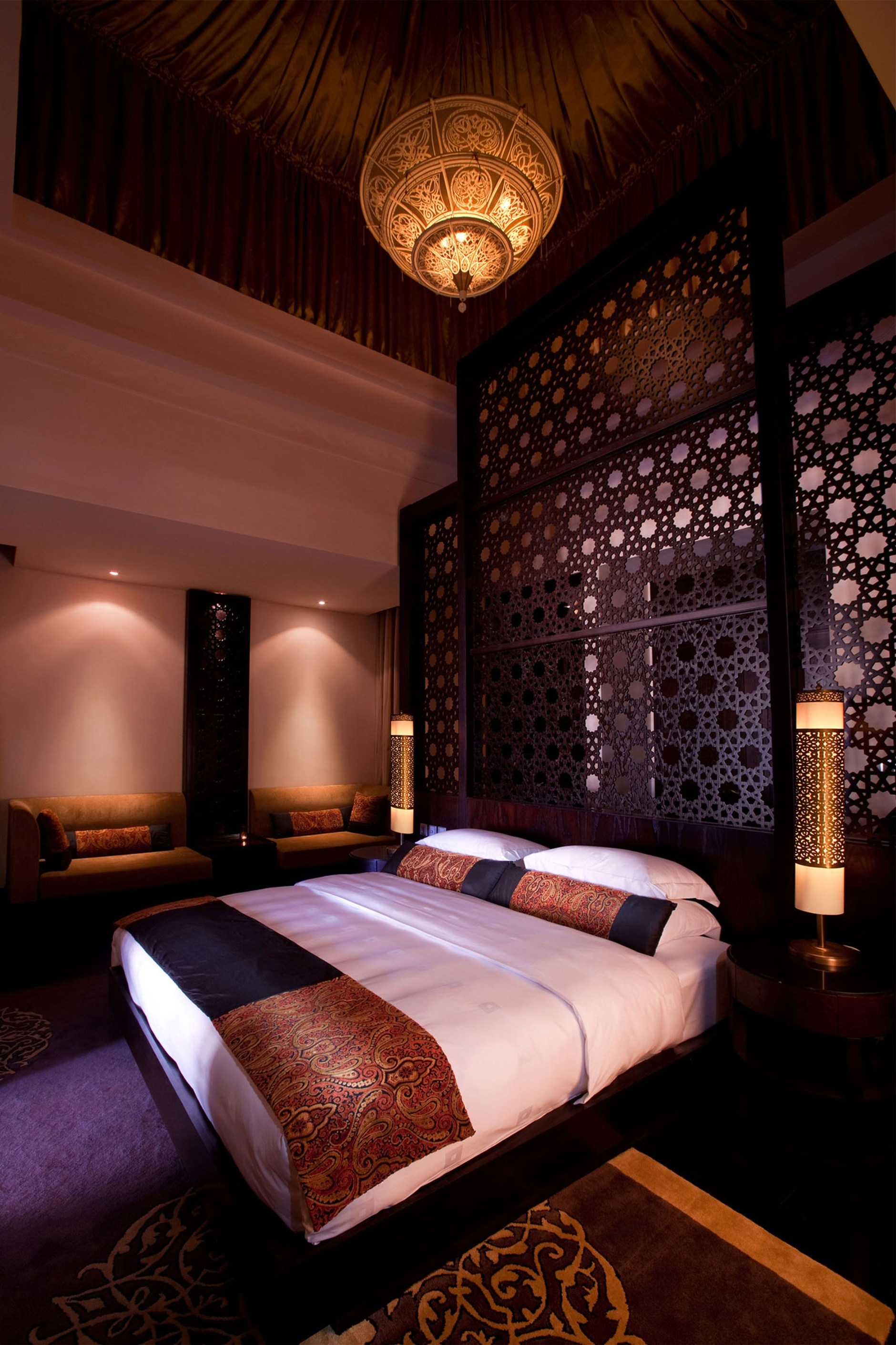 Banyan tree al wadi resort united arab emirates karmatrendz for Sexy bedroom