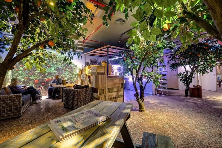 130815_Google_Tel_Aviv_Office_01__r