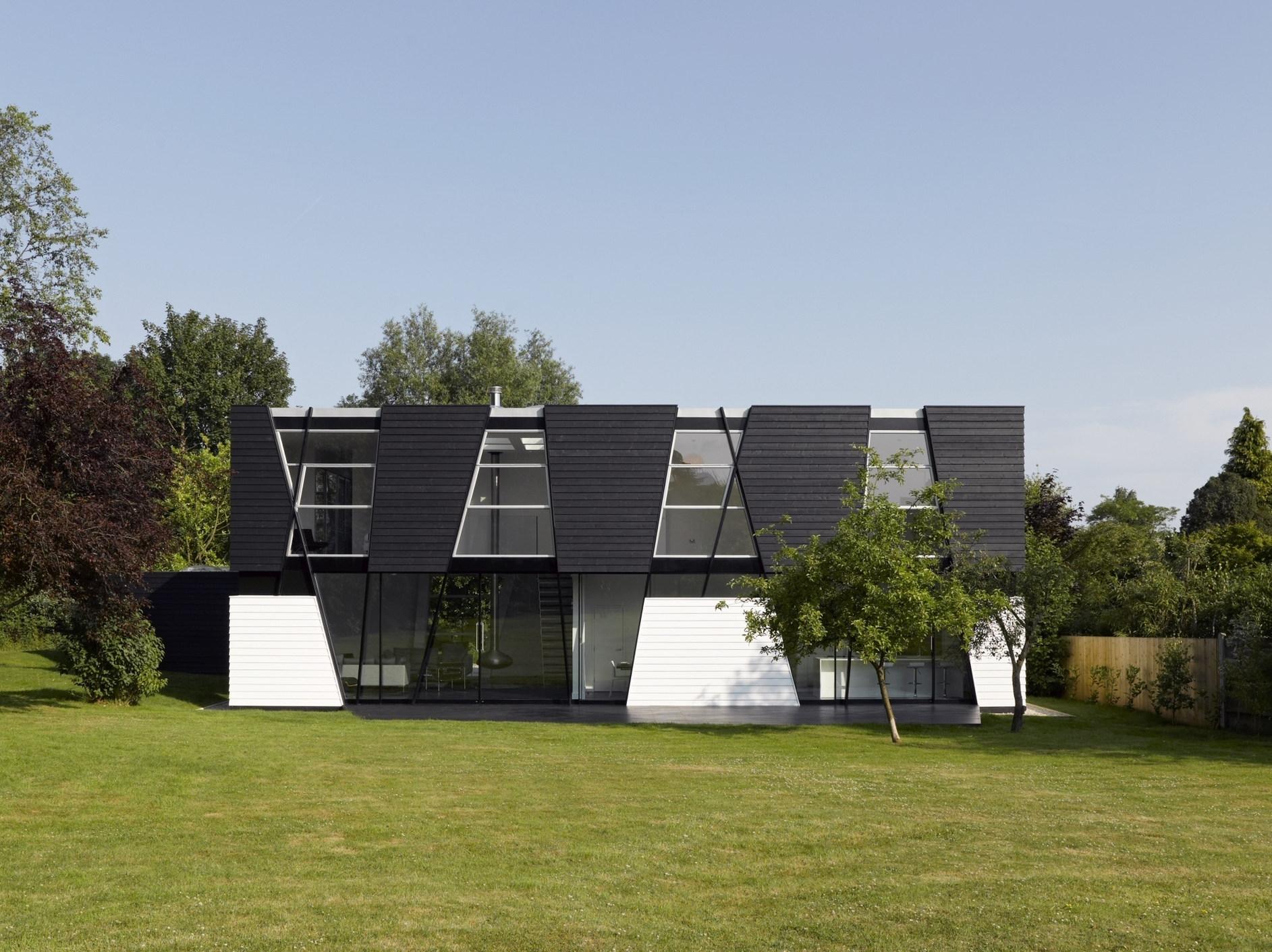 modern house yalding
