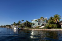 140403_Coral_Gables_Residence_09__r