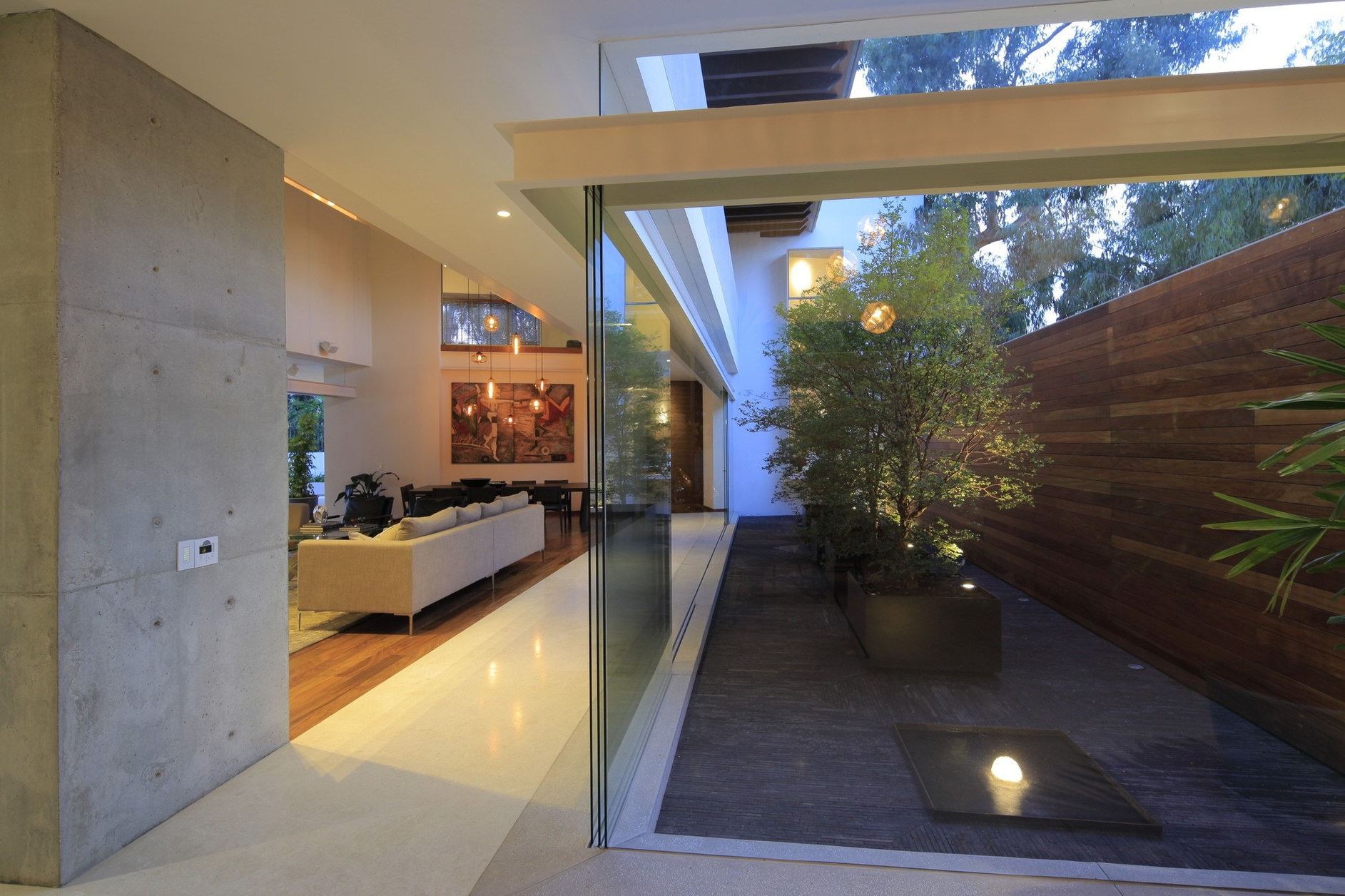Modern house plans with interior courtyard modern house - Interior courtyard houses ...