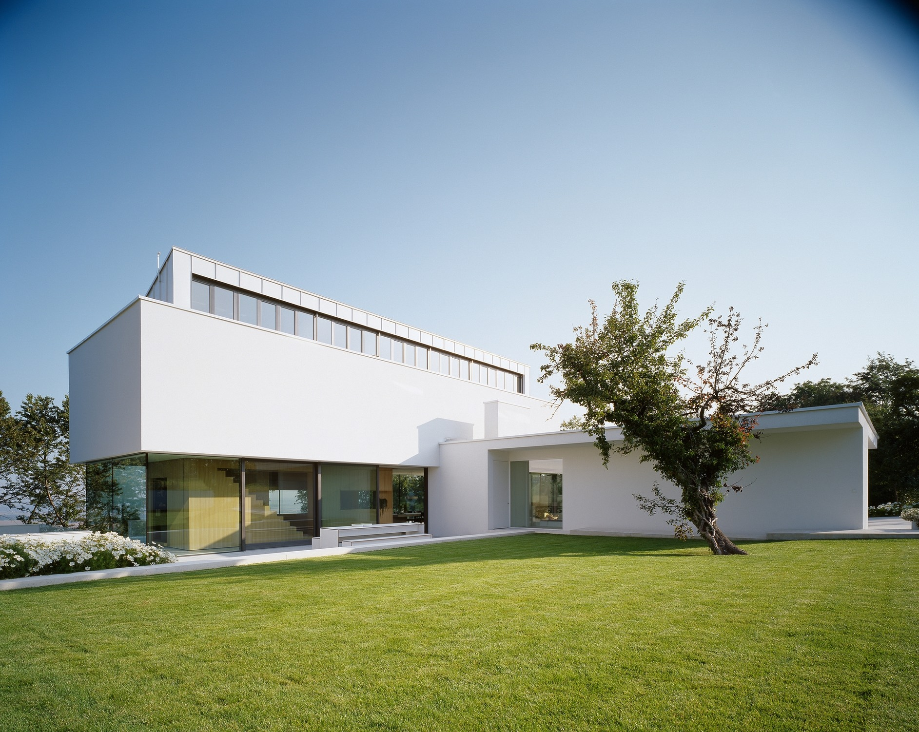 House p by philipp architekten karmatrendz - Philipp architekten ...