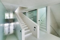 140727_Jellyfish_House_03__r