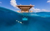 140809_The_Manta_Underwater_Room_01__r