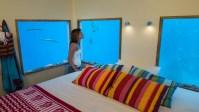 140809_The_Manta_Underwater_Room_02__r