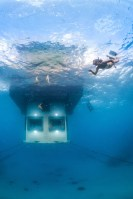 140809_The_Manta_Underwater_Room_05__r